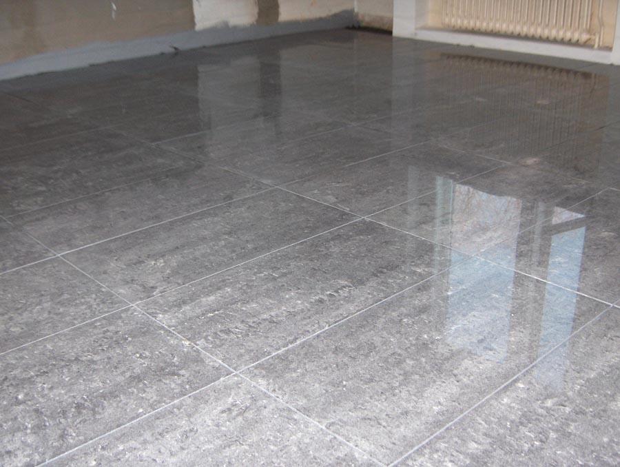 keittiön lattian laatoitus hinta